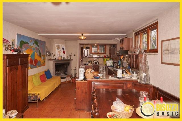 Santa Marinella - Via Luigi Cadorna 34