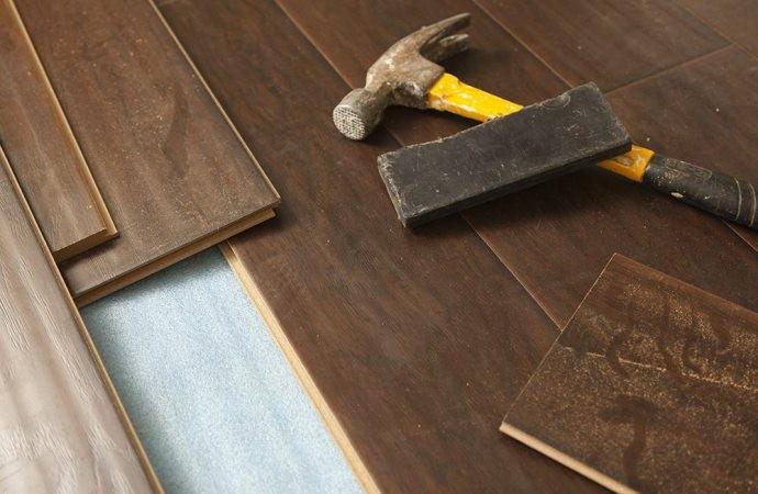 Chi deve pagare la sostituzione dei pavimenti?